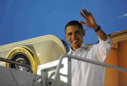 Obama joins family in Hawaii