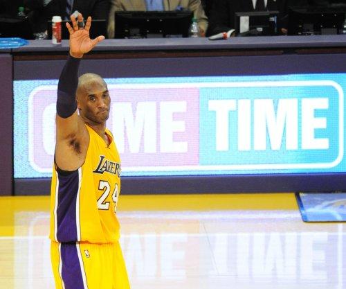 Los Angeles Lakers' Kobe Bryant scores 60 in swan song