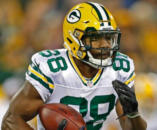 Fantasy Football Injury Alert: Green Bay Packers WR Ty Montgomery OUT vs. Atlanta Falcons