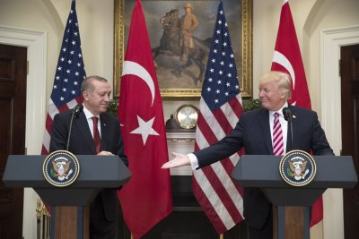 Trump, Turkey's Erdogan tout cooperation against terrorism