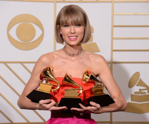 Report: Taylor Swift is dating British actor Joe Alwyn