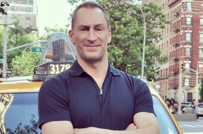 Ben-Bailey-to-host-'Cash-Cab'-revival-at-Bravo