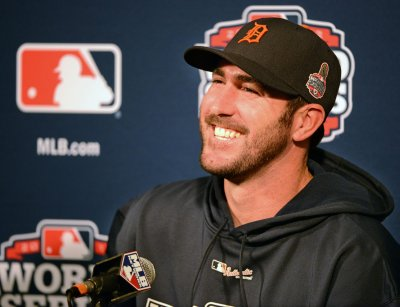 Detroit gives Verlander contract extension