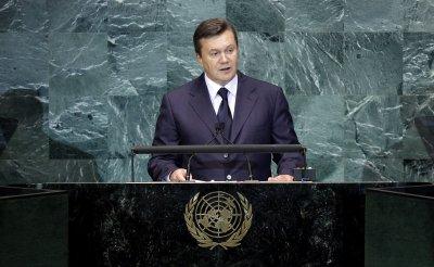 Viktor Yanukovych stakes claim as Ukraine's legitimate leader