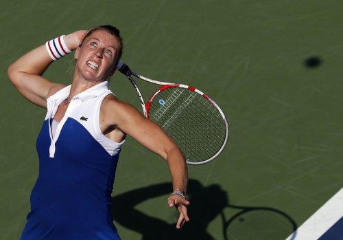 Parmentier posts upset at WTA Japan event
