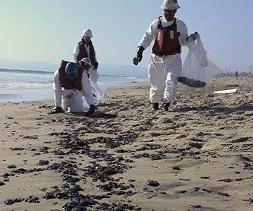 Officials unsure if oil near Los Angeles related to last week's spill further north