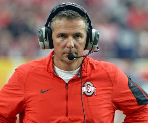 Urban Meyer: Offense going through some growing pains