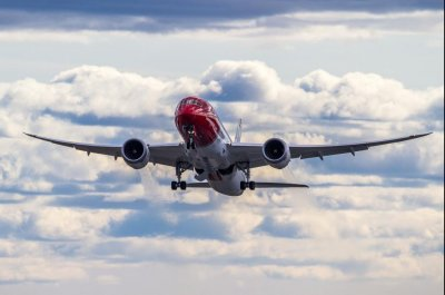 Norwegian Air sets transatlantic flight time record on New York-London trip