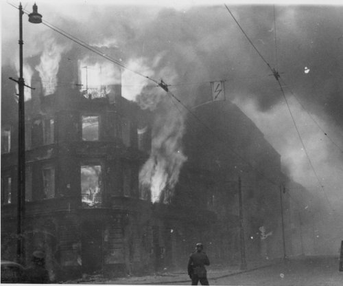 On This Day: Warsaw Ghetto uprising begins
