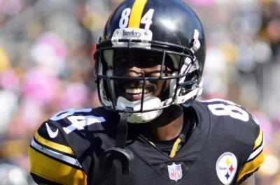 Steelers WR Brown denies lawsuit claims
