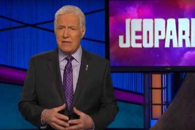 Alex Trebek supports pancreatic cancer awareness in PSA