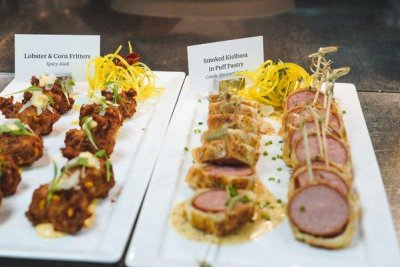 Dustin Johnson serves pigs in a blanket, filet mignon at Masters Champions Dinner