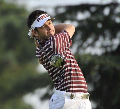 62 has Oosthuizen in African Open lead