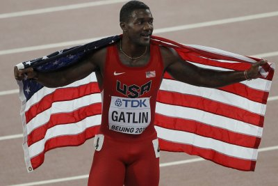 Justin Gatlin guns it to win 100 in U.S. trials, trip to Rio Olympics
