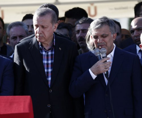 Turkey's academics banned from leaving in Erdogan's post-coup crackdown