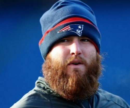 New England Patriots trade C Bryan Stork to Washington