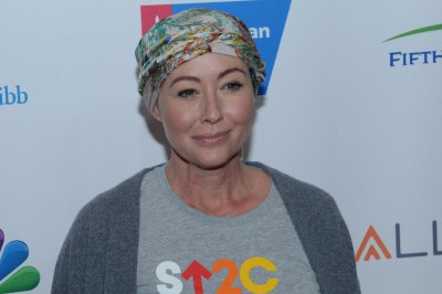 Shannen Doherty shares video from the day she shaved her head