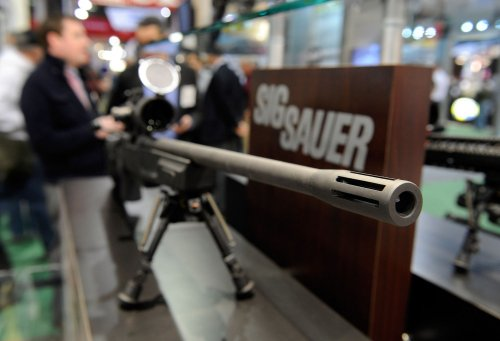 Mark Kelly's gun transaction canceled