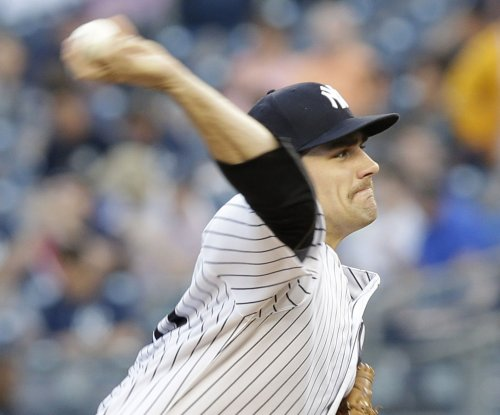 New York Yankees agree to terms with Nathan Eovaldi, Didi Gregorius