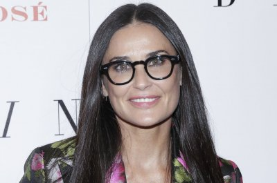 Rumer, Scout, Tallulah Willis wish mom Demi Moore happy birthday