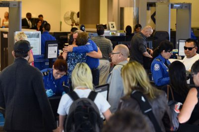Screenings to detect new coronavirus to begin at three U.S. airports