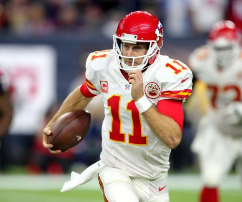 Kansas City Chiefs' Alex Smith looking for jolt to offense