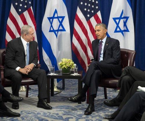 Obama, Netanyahu talk Israeli settlements, peace, golf in likely final meeting