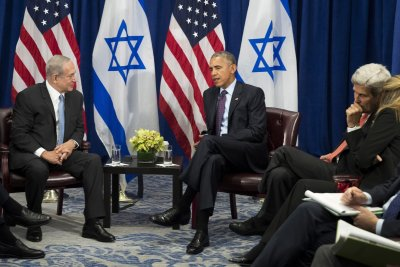 Obama, Netanyahu talk Israeli settlements, peace, golf in likely final meeting