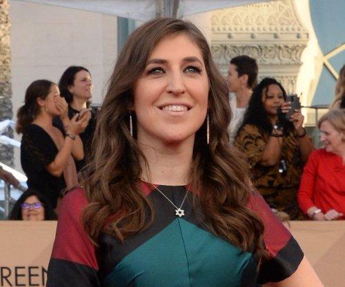 Report: 'Big Bang Theory' stars to take pay cut for Mayim Bialik, Melissa Rauch