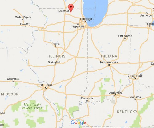 Two houses leveled in explosion in Marengo, Ill.