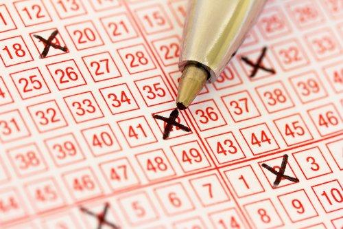 Australian family wins lottery twice -- 60 years apart