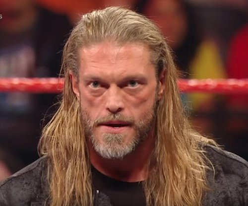 WWE Raw: Randy Orton attacks Edge