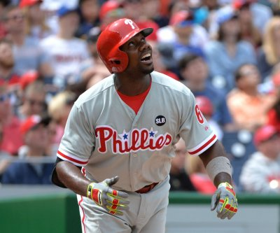 Howard sparks Philadelphia Phillies' extra-innings win over Atlanta Braves