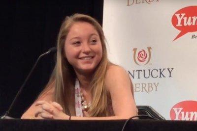 Cathryn Sophia wins Kentucky Oaks