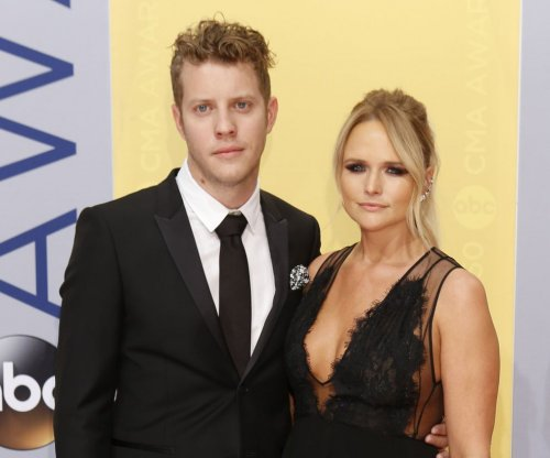 Miranda Lambert calls out critics of Anderson East photo