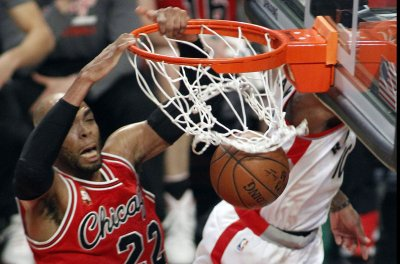 Minnesota Timberwolves' Taj Gibson arrested for suspended license