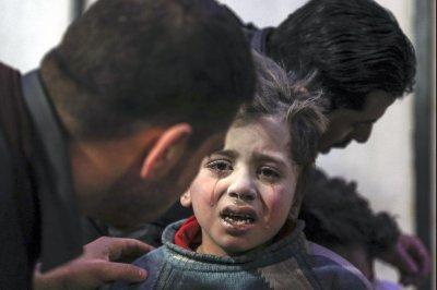 U.N.: Syrian regime, rebels committed war crimes in Eastern Ghouta siege