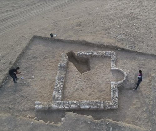 Archaeologists find 1,200-year-old mosque in Israel's Negev Desert