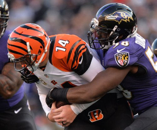 Baltimore Ravens LB Elvis Dumervil to make season debut against Oakland Raiders