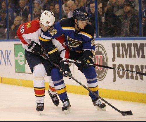Jaromir Jagr passes Mark Messier for 2nd in NHL scoring