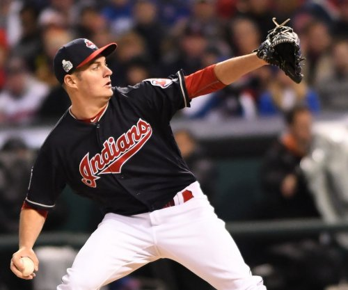 Trevor Bauer posts strong outing as Cleveland Indians beat Minnesota Twins