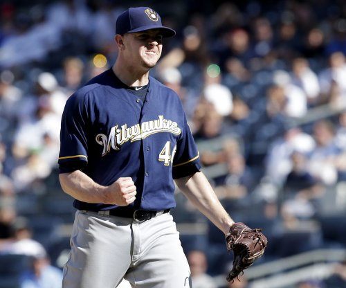 Corey Knebel closes out Milwaukee Brewers' 5-3 win over New York Yankees
