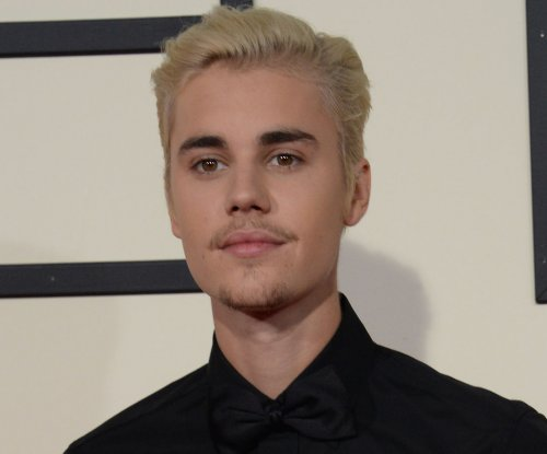 Justin Bieber, Hailey Baldwin spotted holding hands in New York