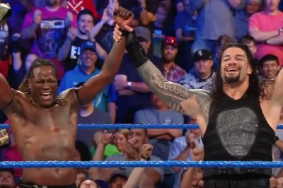 WWE Smackdown: Roman Reigns teams up with R-Truth