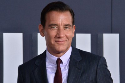Clive Owen to portray Bill Clinton in 'American Crime Story' Season 3