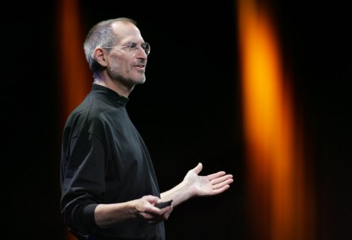 Steve Jobs biopic dropped by Sony, Universal to take over
