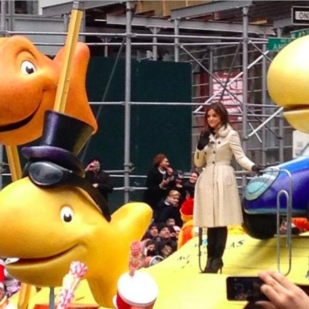 Lucy Hale sings 'Lie A Little Better' at Macy's Thanksgiving Day Parade