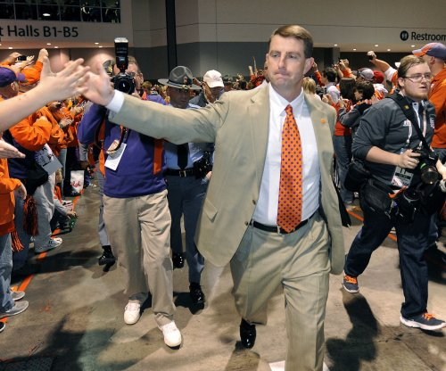 ACC football weekend review: Clemson Tigers hold off Notre Dame, earn national respect