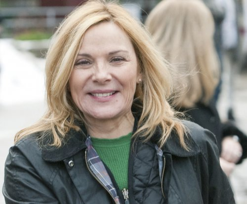 Kim Cattrall describes battle with chronic insomnia: 'I was in a void'
