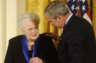 'Gone With the Wind' actress Olivia de Havilland turns 100